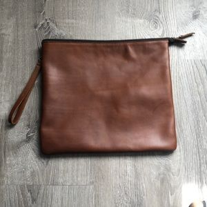 Leather zip up bag - perfect for notebook/laptop!